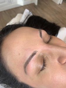 Image of Eyebrow Feathering